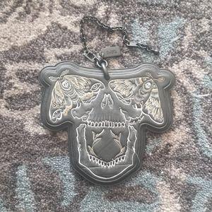 Coach x Chelsea deadmoth skull large keychain